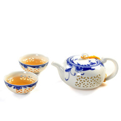 White Honeycomb Tea Set