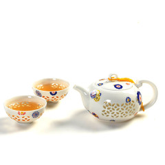 Honeycomb Tea Set with Flowers
