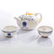 Tea Set with Blue Ornament